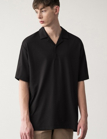 OPEN COLLAR T-SHIRT [BLACK]