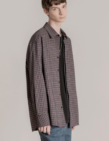 OVERSIZED HIDDEN MINIMAL CHECK SHIRT [GARNET RED]