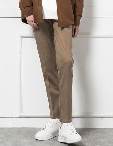 EASY BANDING TAPERED SLACKS [BEIGE]