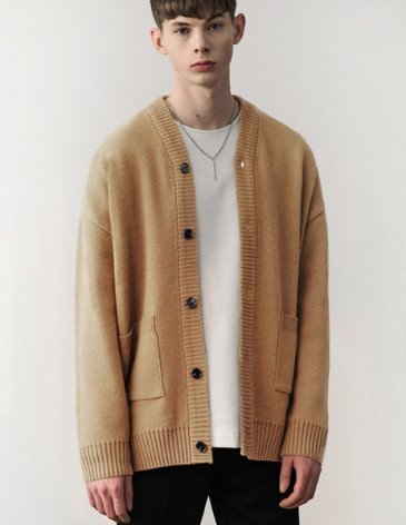 [RE-EDITION]  ESSENTIAL CARDIGAN [BEIGE]