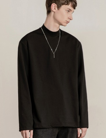 BREED MOCK-NECK LONG SLEEVE T-SHIRTS [BLACK]
