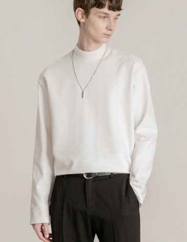 BREED MOCK-NECK LONG SLEEVE T-SHIRTS [WHITE]