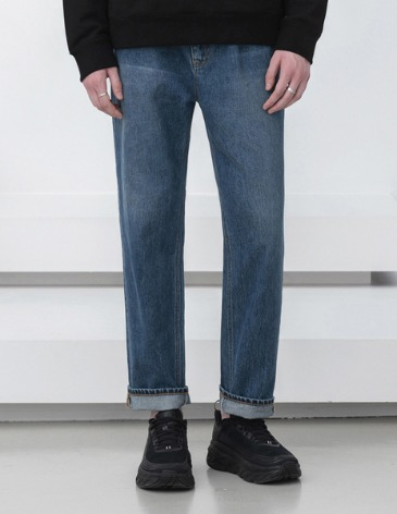NEW-STRAIGHT ROLL-UP DENIM PANTS [MIDDLE BLUE]