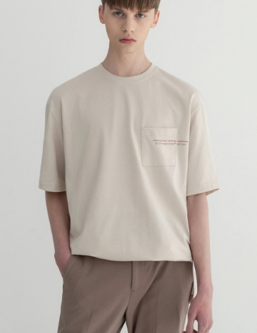 SIGNATURE POCKET T-SHIRT [CREAM]