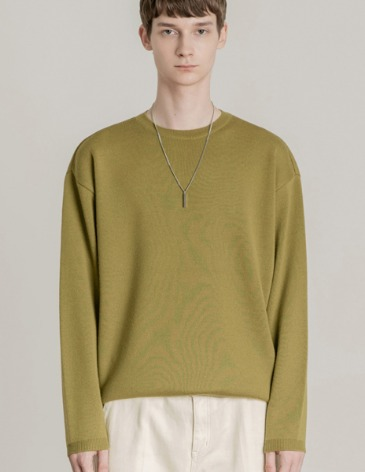 PREMIER EDITION WOOL CASH ROUND KNIT [OLIVE]